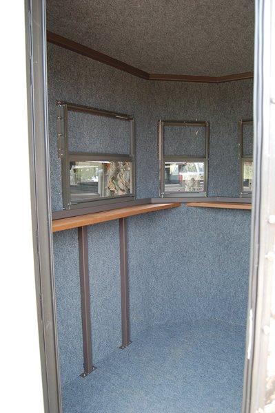 MB Ranch King Deer Blind Interior